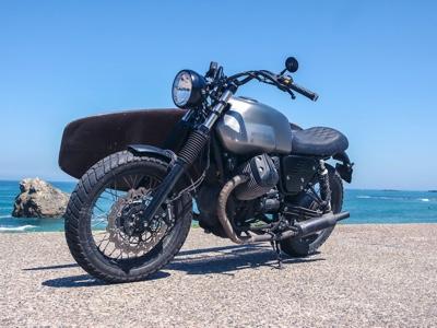 Moto Guzzi grande protagonista al Wheels and Waves, il raduno che mette insieme moto e surf