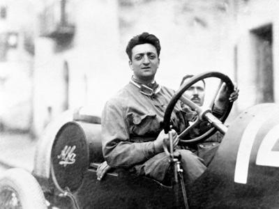 Museo celebra i 120 anni dalla nascita di Enzo Ferrari