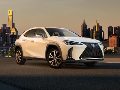 Lexus lancerà UX e RX a 7 posti in Cina