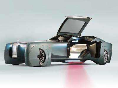 Due anni fa Rolls-Royce svelava la visionaria 103EX