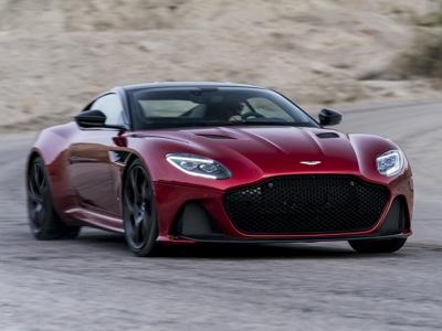 Aston Martin pianifica l'IPO di ottobre, attesa fino a 6,7 miliardi