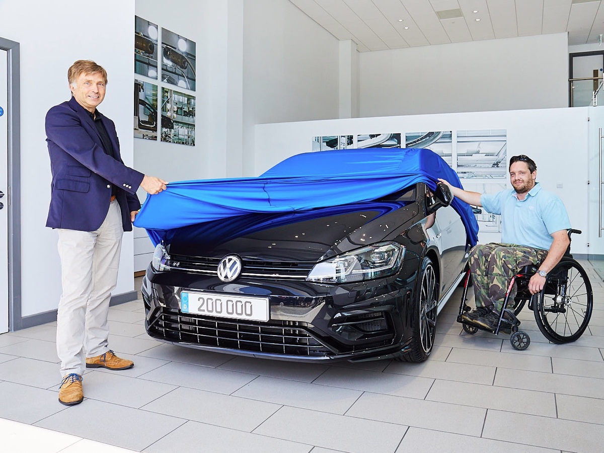 Volkswagen R 200 mila