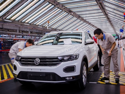 Volkswagen opens four new factories in China