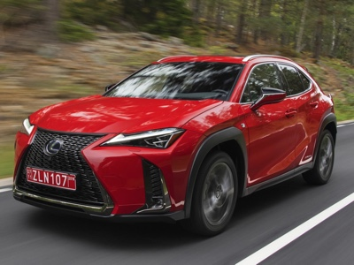 "A ""Taste of Roma"" Lexus presenta il Crossover ibrido"