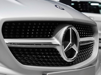 Daimler si attende un calo degli utili
