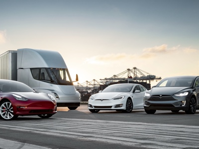 Tesla cuts prices and simplify lineup
