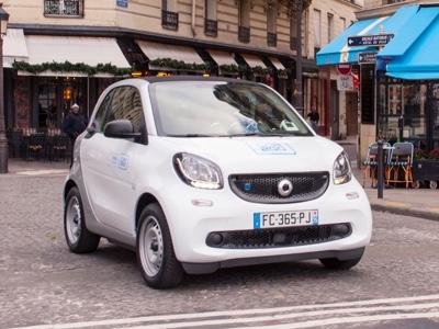 Car2go lancia a Parigi il servizio di sharing elettrico
