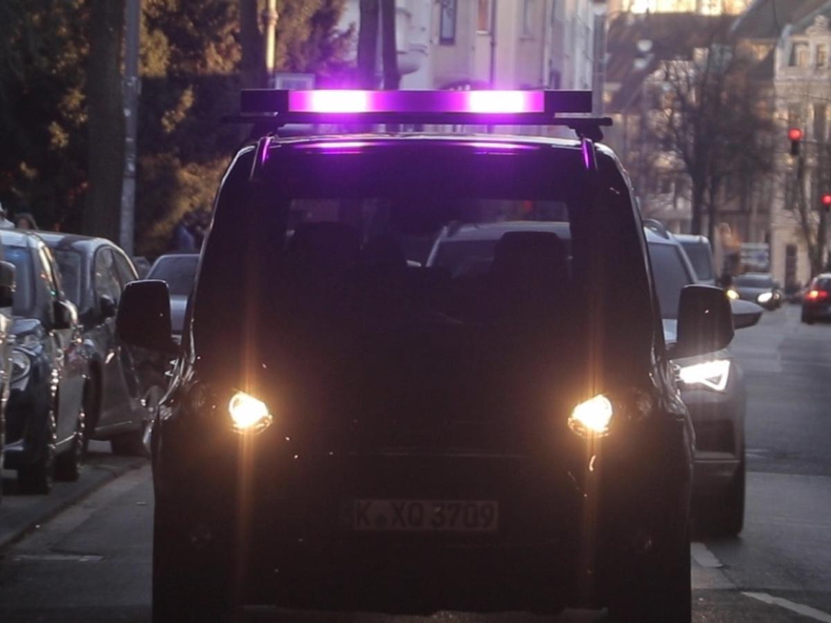 Ford sperimenta in Europa la comunicazione tra auto autonome e utenti della strada