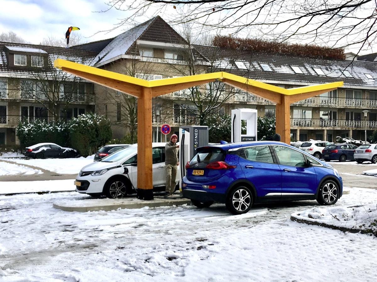 Fastned stazione ricarica EV a Gladbeck in Germania