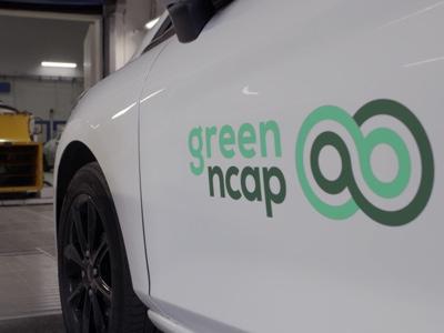 Cinque stelle per Leaf, quattro per Corsa e tre per Classe C, Scénic e A4 Avant nei test Green NCAP