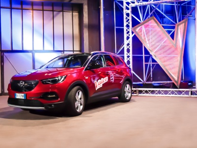 Opel alongside the Voice of Italy 2019