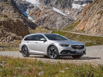 Opel Insignia is All-Wheel Drive Car Of The Year 2019 in Germany