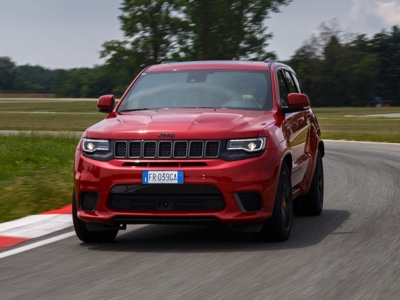 Trackhawk Days: on track behind the wheel of Jeep Grand Cherokee Trackhawk
