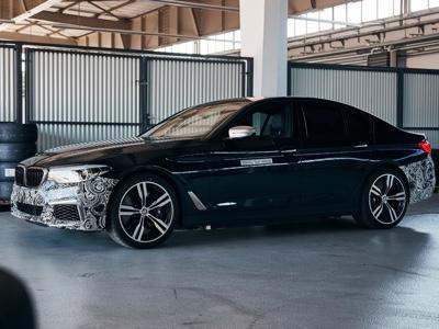 BMW Power BEV, prototipo con tre unità elettriche da 720 CV