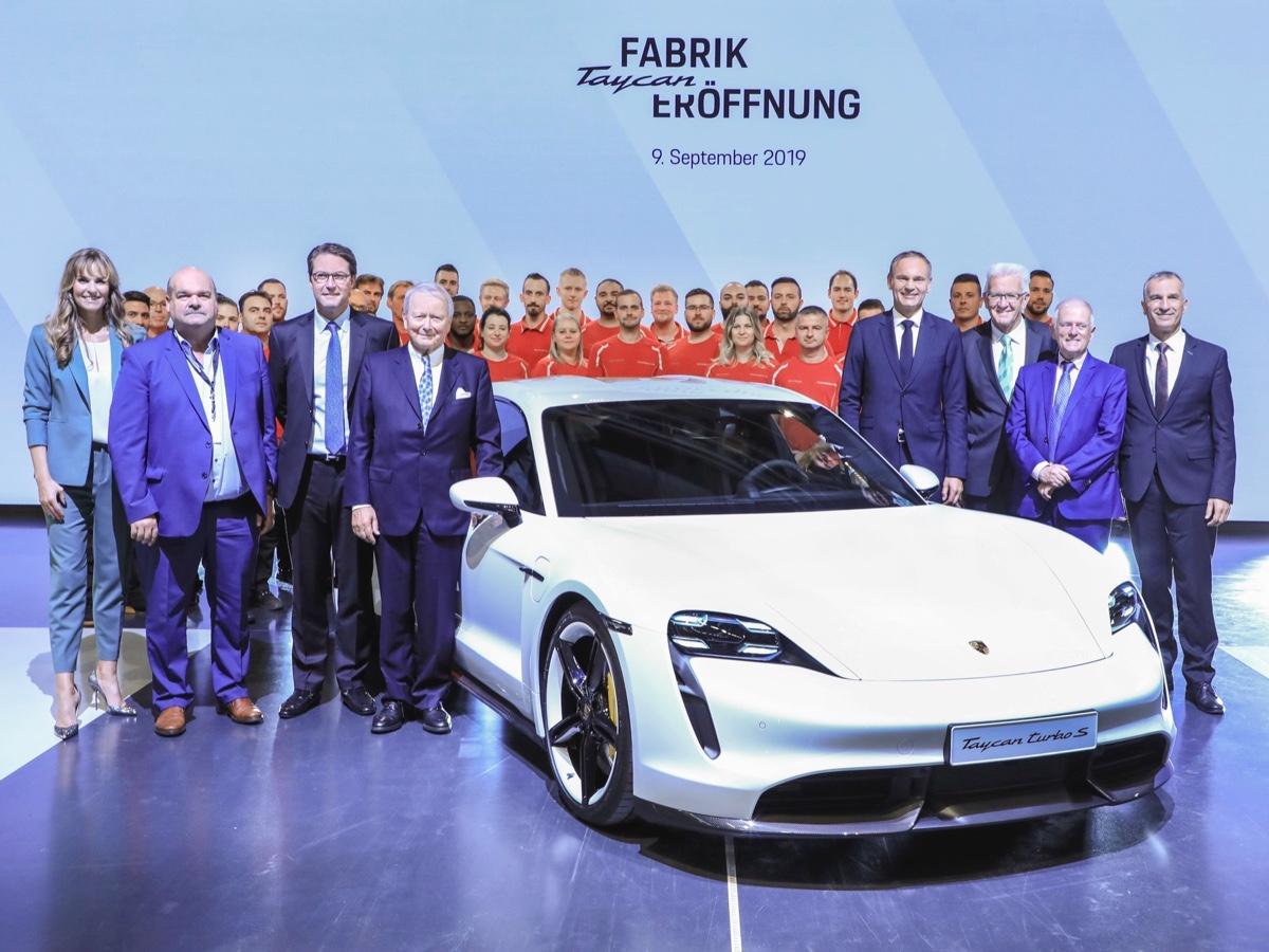 Porsche inaugurazione impianto produttivo Taycan