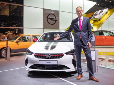 "Opel: Lohscheller awarded ""Eurostar 2019"" as brand Ceo of the Year"