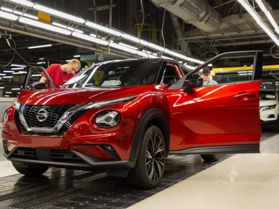 Nissan starts production of the new Juke in UK