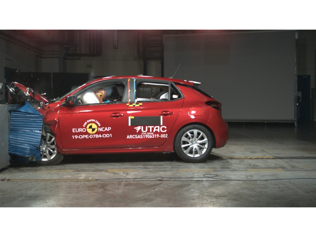 Opel Corsa crash test Euro NCAP