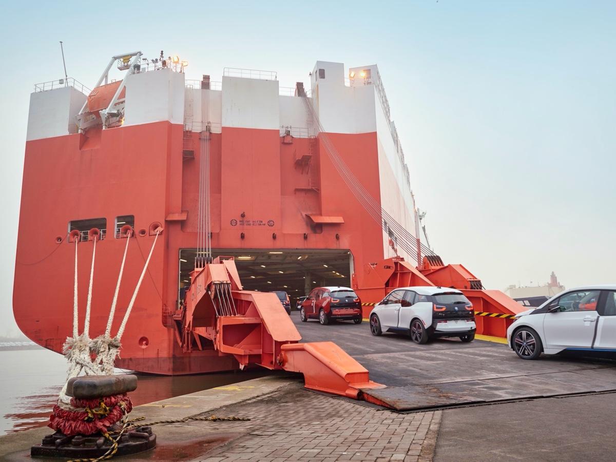 BMW promuove i trasporti via mare a basse emissioni