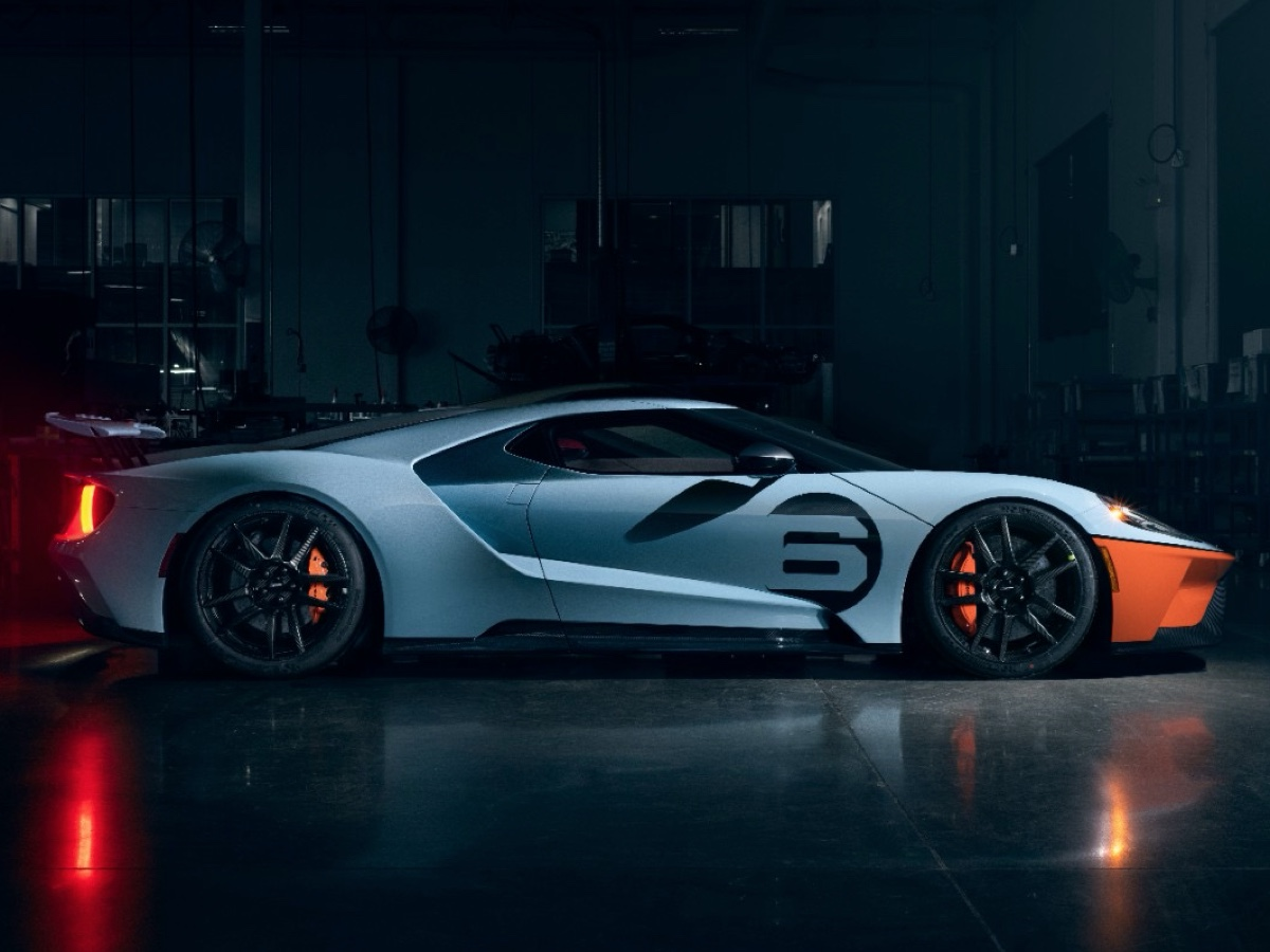 Ford GT 2020 Gulf Racing Heritage Edition