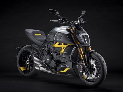 Black and Steel, inedita versione per la Ducati Diavel 1260