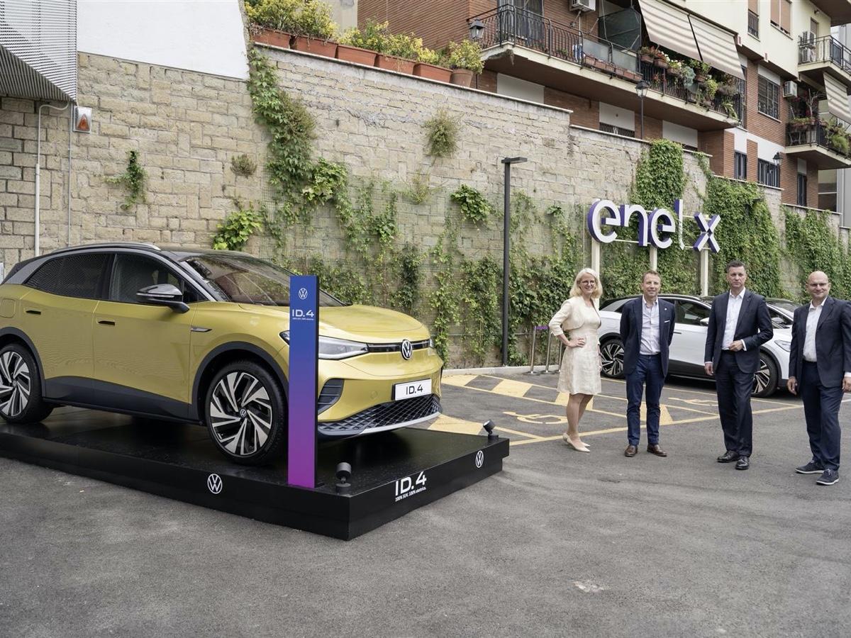 Volkswagen Group jv Enel X in Italia
